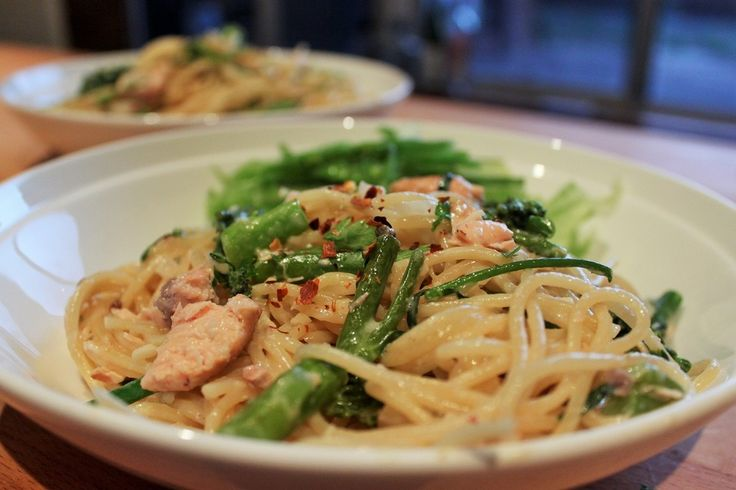 Smoked Salmon and Broccolini One-Pot Spaghetti