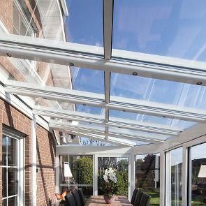 ¿Estás pensando poner un TECHO DE CRISTAL MÓVIL para tu terraza o tu patio? ¿Buscas aprovechar ese espacio tan fantástico que tienes con el mayor confort? ¿Conoces las terrazas acristaladas?
