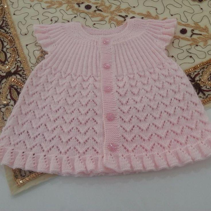 Kız Bebeklere Örgü Elbise Modelleri 164