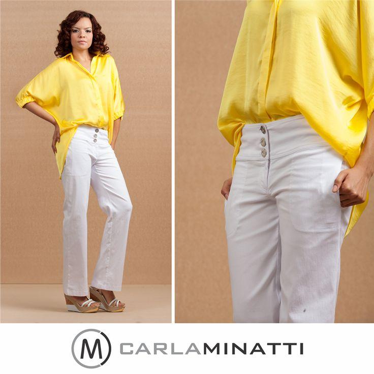 Nuestro estilo de blusas amplias nos permite dar ese toque sofisticado y a la vez descomplicado del Half Tuck.