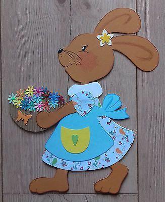 Fensterbild Tonkarton Frühling/Ostern Ein Osterhasen Mädchen mit Blumenkorb