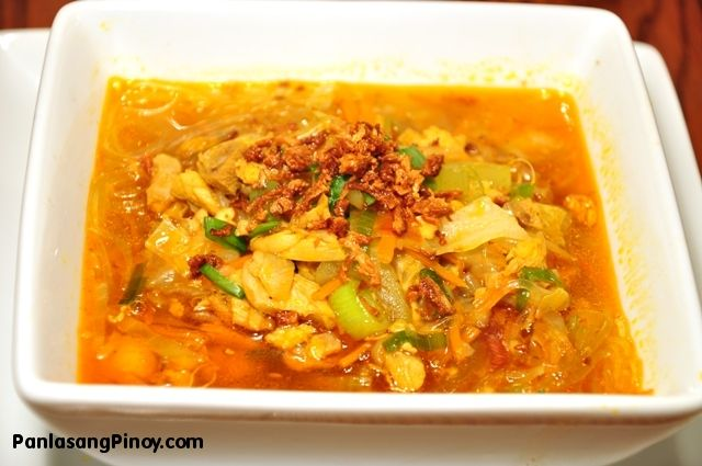 Chicken Sotanghon Soup - Going to try this soon.  Love soup and had a special request from the family Matriach to figure this one out.