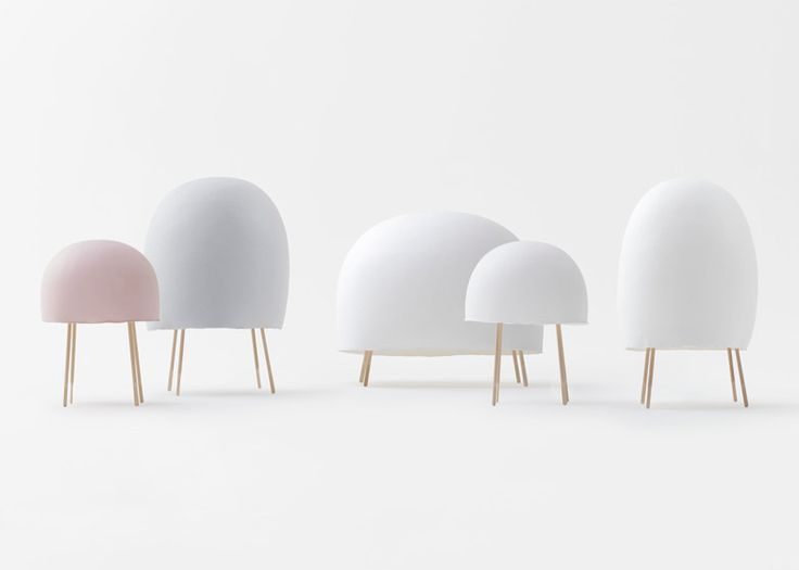 Washi paper lamps by nendo = nichetto: they're like jellyfish, with their transparant colors...