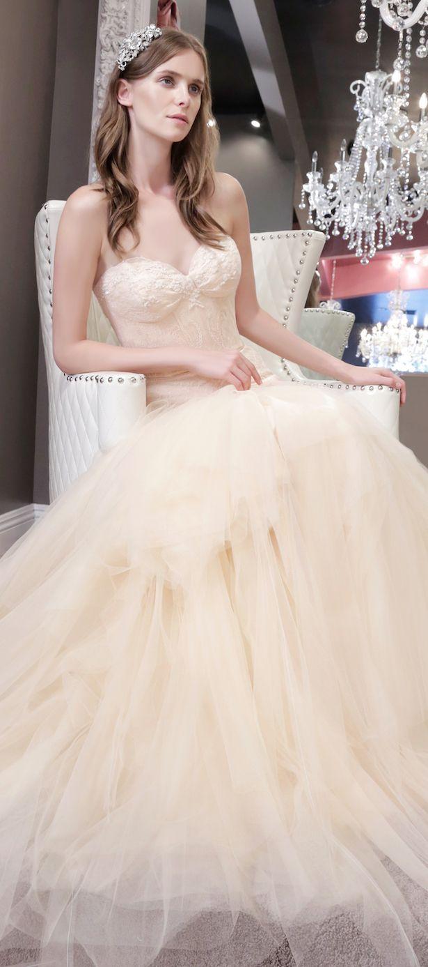 robes mariages pas cher photo 040 et plus encore sur www.robe2mariage.eu