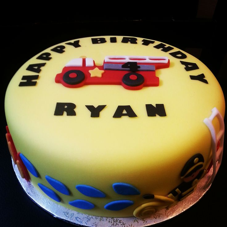 #Firefighter theme 2D #cake #birthday #firetruck