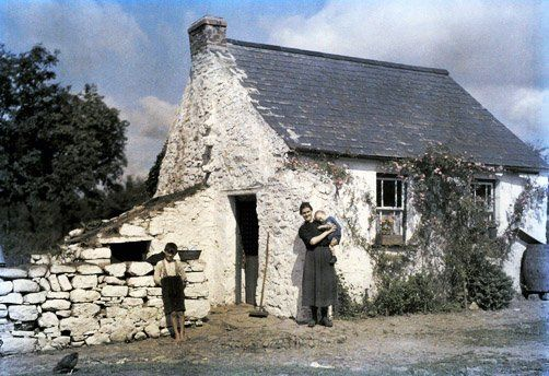 Ireland in Color Pictures, 1920s This is exactly what the house my dad grew up in looked like. This one might be a bit bigger.