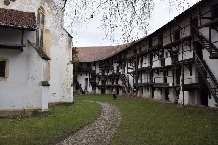 L'église fortifiée de Prejmer est l'une des plus belles églises fortifiées de Roumanie. Celle-ci fait partie du patrimoine UNESCO.
