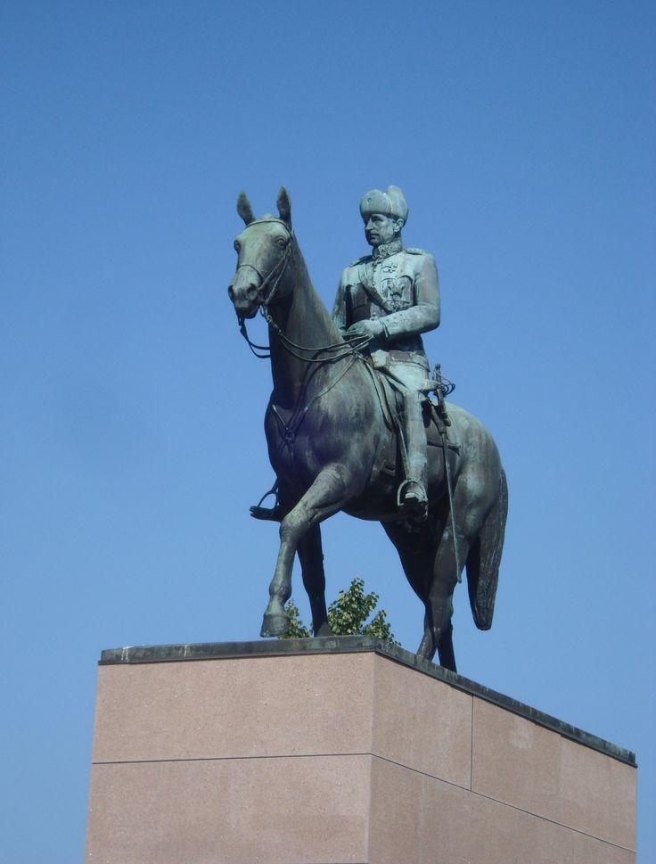 Mannerheim statue (Aimo Tukiainen), Helsinki - Suomen marsalkka Carl Gustaf Emil Mannerheim -Photo: Marianne Fahlström
