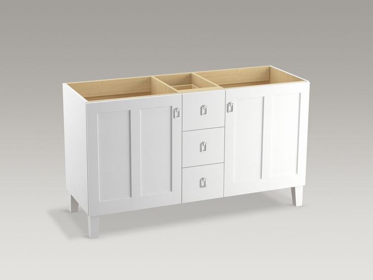 Delicieux This White Furniture Style Vanity Effortlessly Unites Beauty And  Functionality.
