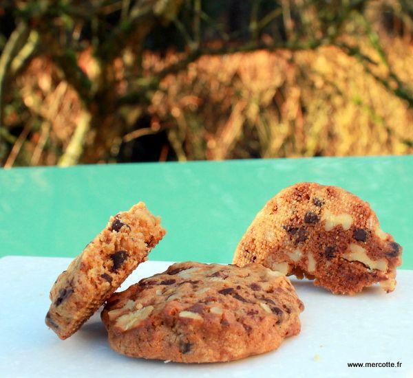 Encore des cookies me direz-vous? C'est un peu comme les macarons, une mode qui perdure… Il y a quelquesrecettes sur ce blog– suivez les liens- mais qui datent quand même car j…