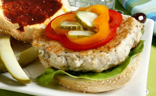 Lunch/Dinner: Epicure's Turkey Burgers (200 calories/serving) serve with side salad