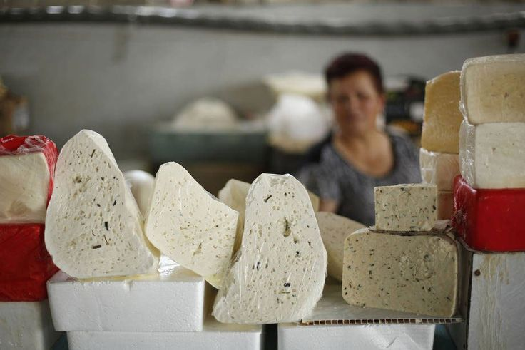 Sugar, dairy and staple grains push food price index up by 0.7 per cent in October – UN