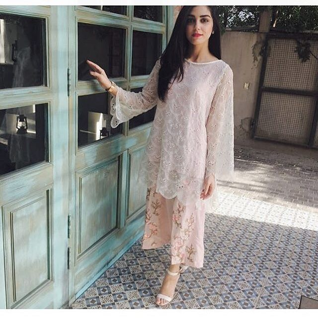 @mayaaliofficial looking so cool and summery in #MariaB #MayaAli @mariabofficial