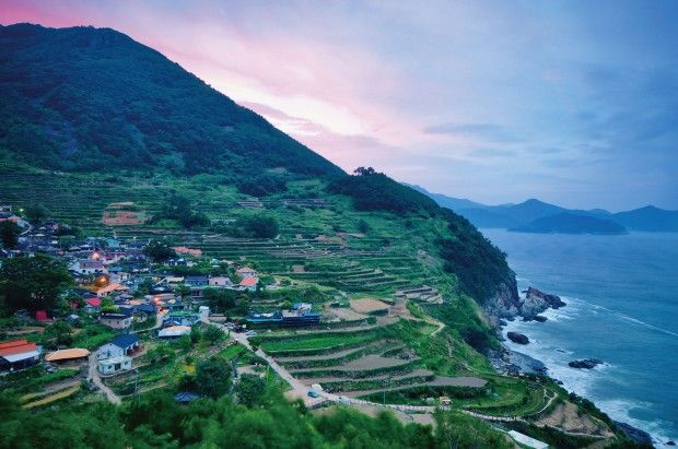 Namhae; an island which is home to 3 nationally designated scenic spots and several scenic roads and bridges, as well as the beautiful terraced fields of Gacheon