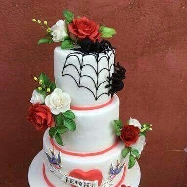 Spiders cake topper. Wedding cake. Sugar flowers.