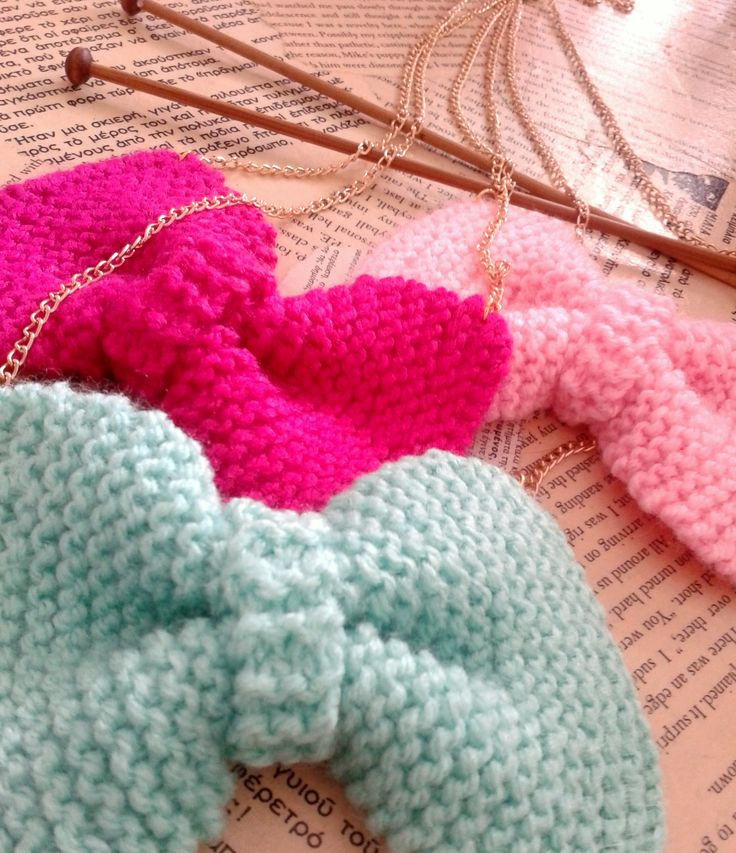 new Handmade knitted bow necklace