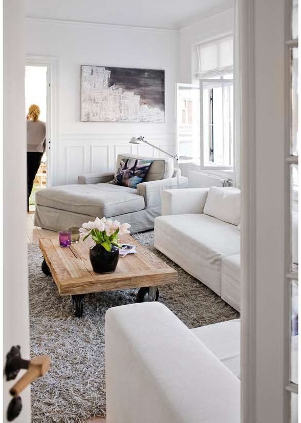 Livingroom inspiration, white, soft grey and wood tones