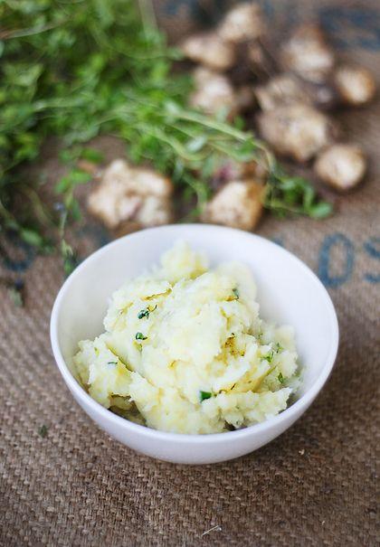 Potatis- och jordärtskocksstomp med timjan och långpeppar