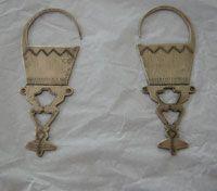 Colección privada de César Rosseti en el Instituto Cultural de Providencia / Platería Mapuche :: Escultura :: Arte en Chile