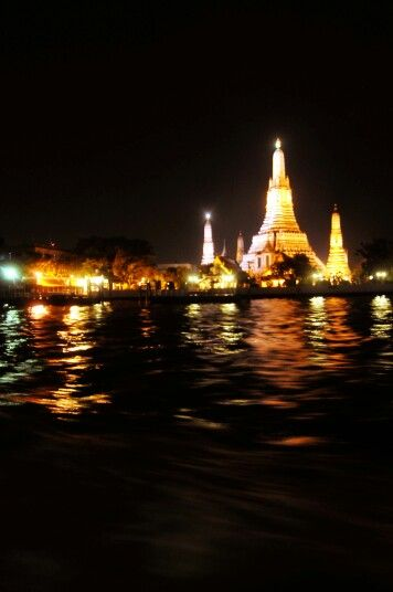 Wat Arun Temple seen while down the Chao Phraya River, Bangkok, Thailand, 121107