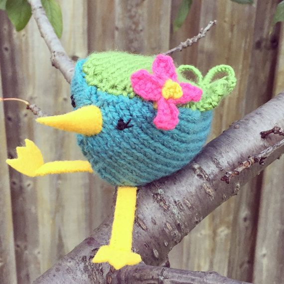 Knitted toy bird by OnlyOneKnitToys on Etsy #knit #bird #toy #handmade #etsy #kids #ooak