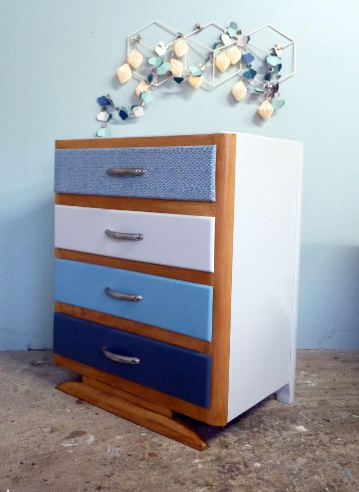 Les 25 meilleures images du tableau meubles vintages for Meuble japonais bleu