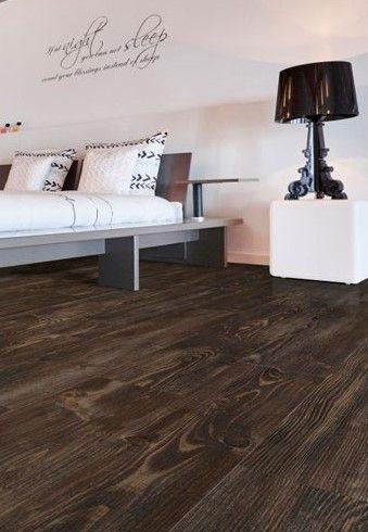 17 beste idee n over donkere laminaat vloeren op pinterest laminaatvloer grijze muren en - Warme kleuren kamer ...