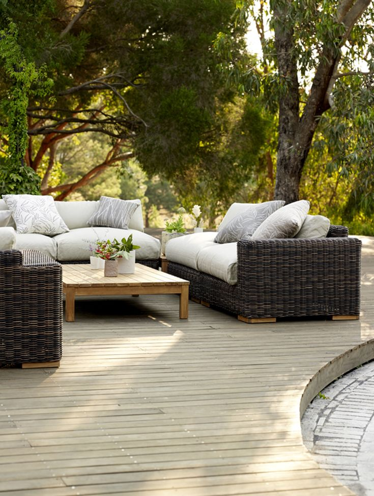Eco Outdoor Balsa Modular Sofa In Shown With Low Rectangular Side Table. Outdoor  Furniture |