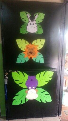La selva loca puerta decorada