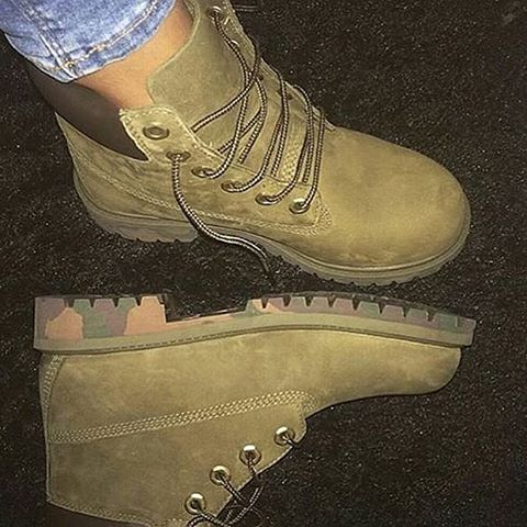 Khaki Timberland boots ✔️
