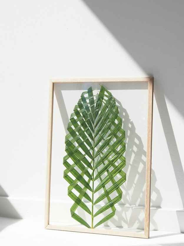 Add some nature to your walls with DIY leaf art.