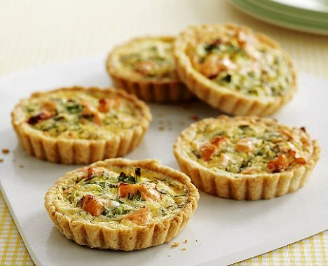 Salmon, dill and creme fraiche tarts