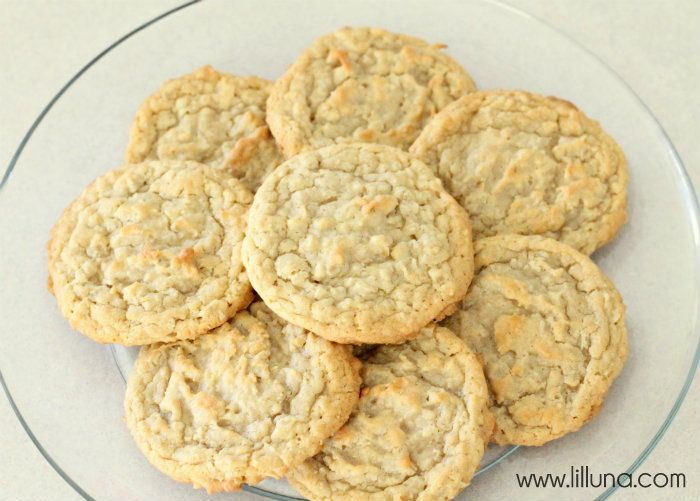 Coconut Oatmeal Cookies - The hubby's favorite! SO good! #cookies
