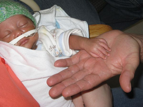 10 Things Not To Say To Parents Of Preemies