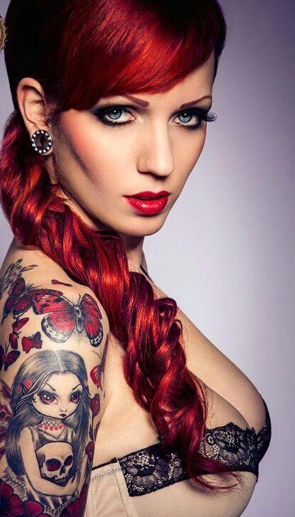 Sexy naked lesbians punk tattoo girl