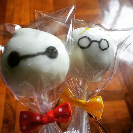 cakepops !!! Baymax from Big Hero 6. & Harry potter~