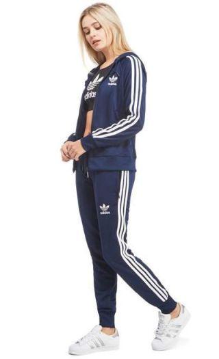 Trening dama Adidas cu pantaloni conici si bluza cu fermoar din colectia Adidas Originals