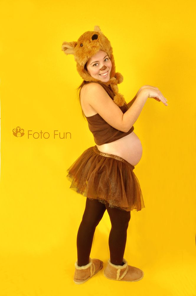 pregnant mum as Kangaroo mum, model: Yani