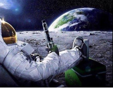 astronaut drinking miller lite beer on the moon - photo #25