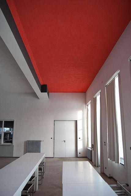Bauhaus Dessau | Bauhaus Interior. S. XX. Alemania. #Esmadeco.