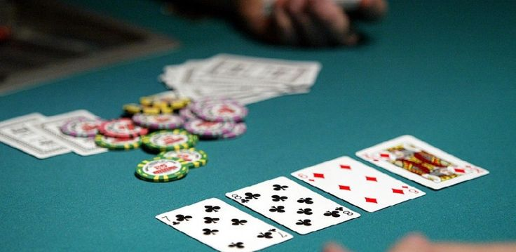 Find out the warning signs of #gambling #addiction.