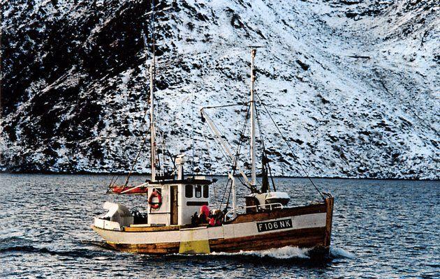 """Båter fra Kjerstad.   M/K """"VESTERSUND"""", ex. M/K """"KJERSTAD"""" etter at den ble solgt til Nordvågen. Foto: Ukjent."""