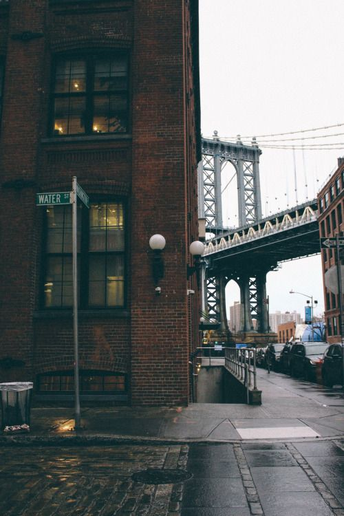 Water Street and Brooklyn Bridge photographed by Cindy Roblero #photography #brooklynbridge #brooklyn | Joseph Carini Carpets