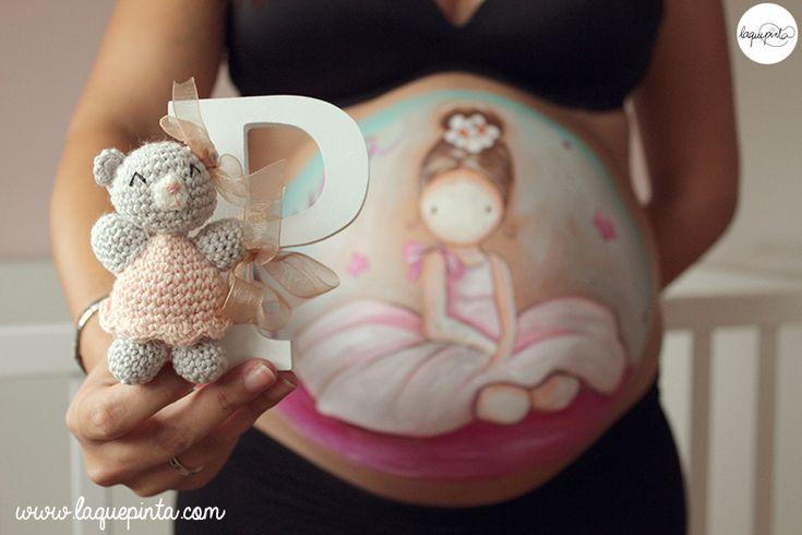 Belly painting para embarazada con dibujo de bailarina 100% personalizado y sesión de fotos de recuerdo de La que pinta Barcelona