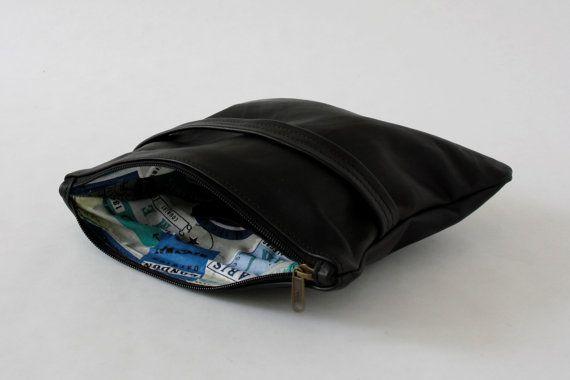 POCHETTE Petite in PELLE NERA idea regalo speciale di ElMato borse in pelle, pochette in pelle nera, pochette nera, beauty case in pelle, pochette da sera, accessori donna, accessori uomo