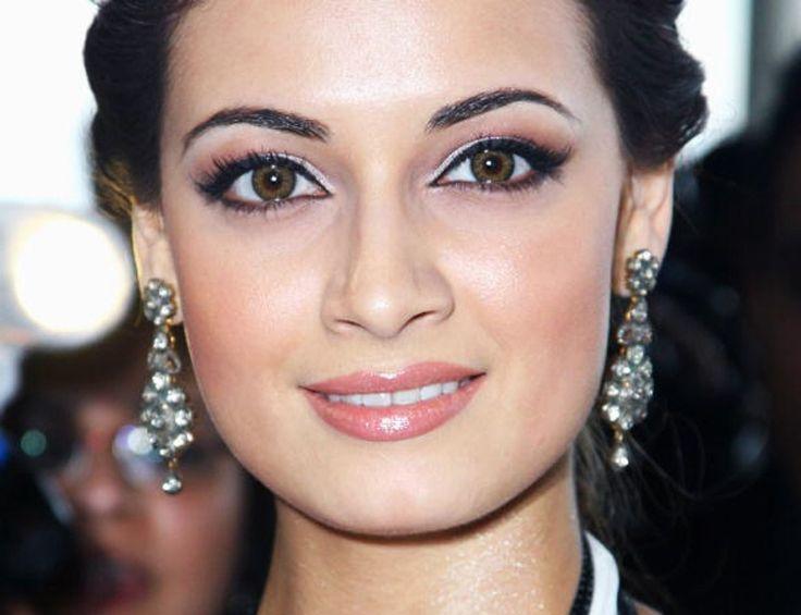 Makeup For Dark Brown Eyes And Pale Skin Saubhaya Makeup