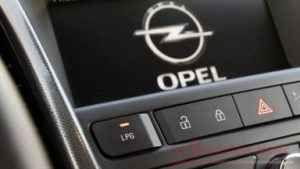 La Opel si conferma Leader in Europa con Il GPL La Opel ci ha creduto sin dagli esordi. E' stata l'unica tra i marchi Europei a disporre da sempre, di un listino che prevedesse le auto a combustibile tradizionale insieme al Gas. Prima del boom del #gpl #opel #opelcorsagplteach