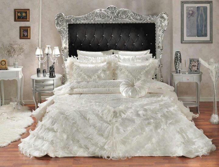 Beautiful bedspread ...♥