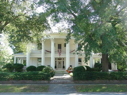 Old Southern Plantations | Old Plantation style house