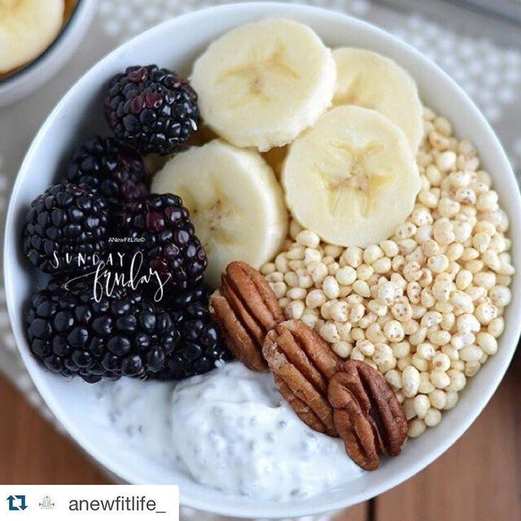 Una exquisita opción para que desayunen saludablemente en sus casas. Los ingredientes los consiguen en nuestro #MercadoGourmetSuna . Los esperamos hoy hasta las 4:00pm. Feliz día ! #RecetasFamiliaSuna #SunaColombia #HealthyBreakfast #Desayuno #ChiaSeeds #Yummy #QuinuaPop #EresLoQueComes #Domingo  #Repost @anewfitlife_ with @repostapp.   cнιa pυddιng   Ingredientes: 2 cucharadas de semillas de chia que me traje desde Colombia de mi mercado favorito @sunacolombia. 1/2 taza de leche de…